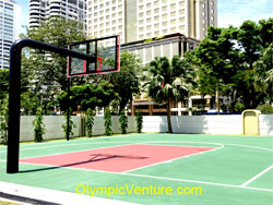 Half Basketball Court of Acrylic Sports Court Coating System for 8 Gurney Condominium